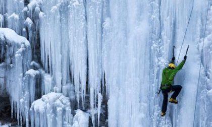 Iceclimber austriaco muore dopo volo da cascata di ghiaccio