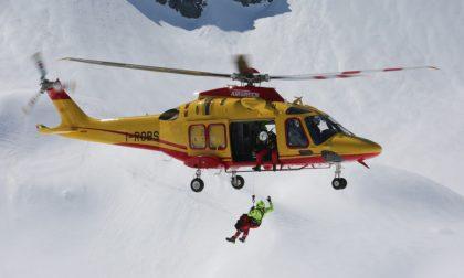 Alpinisti in difficoltà: intervento notturno per il soccorso alpino