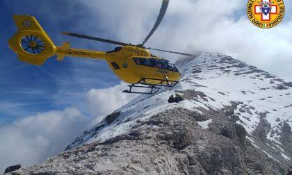 Falcade, escursionista 52enne stroncato da un infarto