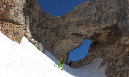 Scialpinista americana scivola e muore in un canale del Bus di Tofana
