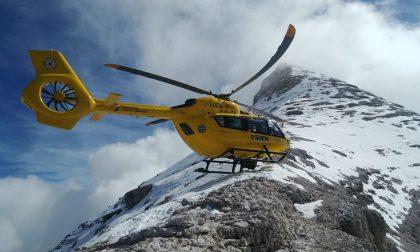 Cencenighe: escursionisti in difficoltà recuperati dal soccorso alpino