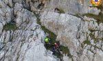 Alpinista precipita nel vuoto:intervento in parete per l'equipaggio di Falco