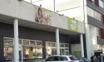 """""""Non starmi così vicino"""": scoppia la rissa al supermarket a causa delle distanze di sicurezza non rispettate"""