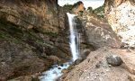 """""""Frenare"""" la cascata di Fanes per recuperare il corpo del turista morto"""