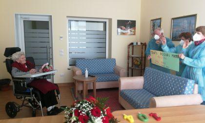 """Nonna """"Cesira"""" compie 104 anni: ne aveva uno quando ci fu la disfatta di Caporetto – VIDEO"""