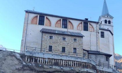 La frana accelera, si teme per il futuro della chiesa di San Martino