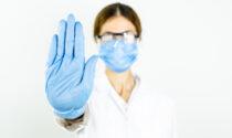 Solo 656 sanitari No vax sospesi in Veneto: altri 3961 sono ancora al lavoro (malgrado la legge)
