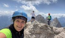 Un sorriso e un selfie in vetta, poi la tragedia: Annamaria precipita per 150 metri e muore