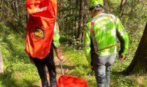Padre, madre e figlie si perdono nel bosco sotto il monte Punta
