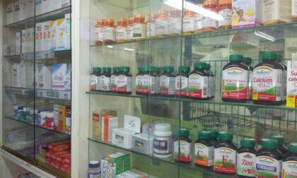 Troppi farmacisti non ancora vaccinati: a rischio la chiusura delle farmacie