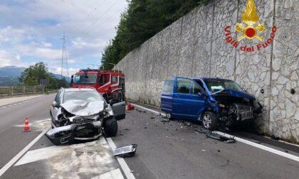 Incidente a Caralte: scontro tra due auto, due feriti