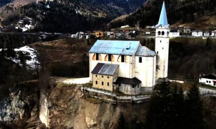 Chiesa di San Martino sospesa sulla frana: al via il cantiere per salvarla