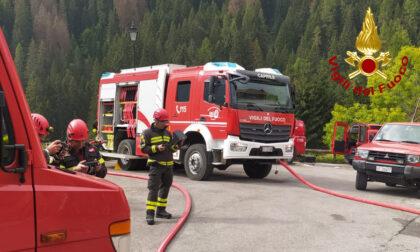 Le foto dell'esercitazione antincendio in alta montagna: coinvolti 70 Vigili del Fuoco